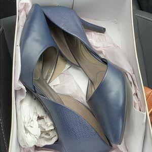 Bandolino Navy Blue Shoes